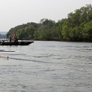 07_SZmR.9759-Rowing-on-Zambezi-Cambridge-Alumni-Ladies'-Eight