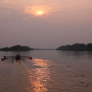50_SZmR.9641-Rowing-on-Zambezi-UJ-Ladies'-Eight
