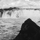 015_LZmW_6870BW-from-SOTL-Ngonye-Falls,-Upper-Zambezi-sfw