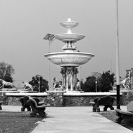 021_Pg48-UAf.95909BW-Town centre monument, Kolwezi