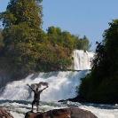 020_TZmN.7974V-Kabwelume-Falls-Man-N-Zambia
