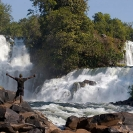 023_TZmN.7979-Kabwelume-Falls-Man-N-Zambia
