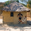002_CZmA.8447-African-Painted-House-Football