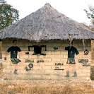 004_CZmA.8525-African-Painted-House-Football