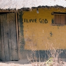 006_CZmA.8772-African-Painted-House-I-Love-God