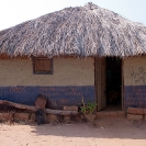007_CZmA.8737-African-Painted-House-Look-at-Moses