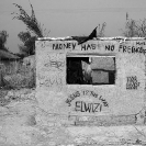 024_CZmA.9012BW-African-Sign-Art-Money-Has-No-Friendship