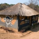 014_CZmA.8744-African-Painted-House-Abstract-Designs