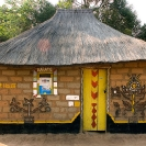 024_CZmA.8961-African-Painted-House-State-House