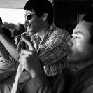 005_TZmS.8748BW-Tourists-&-Cameras