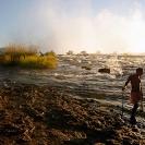 07_LZmS.2880-Victoria-Falls-+-Fisherman,-Zambezi-R--agent48cm