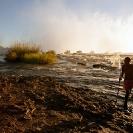 08_LZmS.2881-Victoria-Falls-+-Fisherman,-Zambezi-R--agent48cm