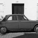 012_UFr.1769BW-Old-Peugeot-Paris