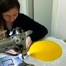 008_Rep_96331-Rebecca-making-fried-egg-cushions-Aufschnitt
