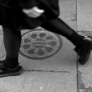 013_UArUk.5029BW-Street-Art-Roundel-Match-Girls-London