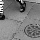 014_UArUk.5031BW-Street-Art-Roundel-Match-Girls-London