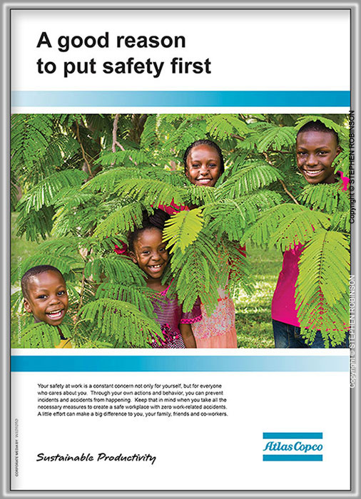 029_PZmCb.5593-Corporate-Safety-Campaign-Exhibition-100cm