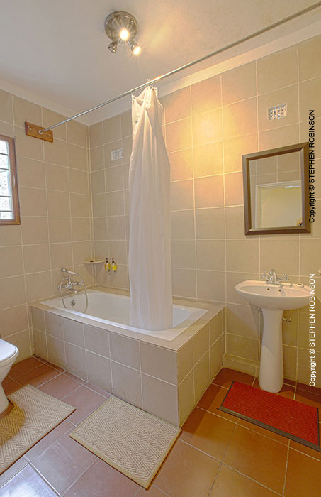 Industry Category Interior Image 018 Ml 170911v Hotel Guest Bathroom Zambia