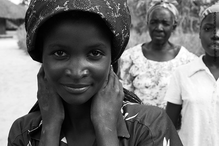 003_PZmL.8041BW-Young-Village-Woman-N-Zambia